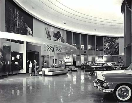 Discuss detroit ford rotunda looking for snapshots for Ford motor company detroit michigan phone number