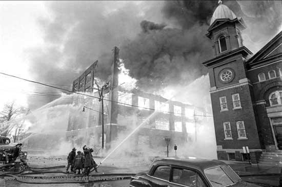 LeBaron-Detroit/Briggs fire 1963 OL Sorrows