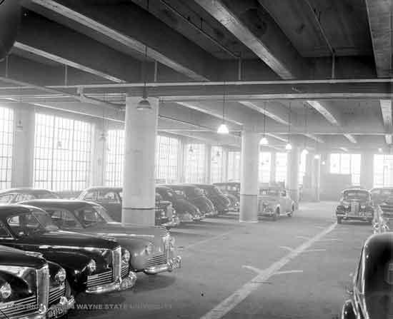 Packard 574  E Jefferson