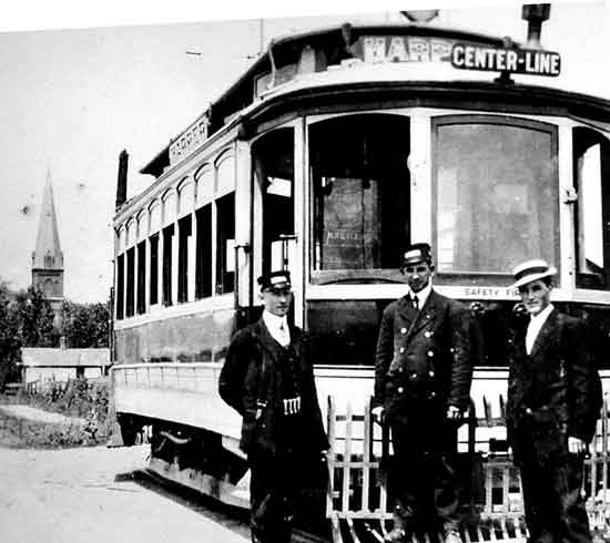 Centerline trolley at 10 Mile
