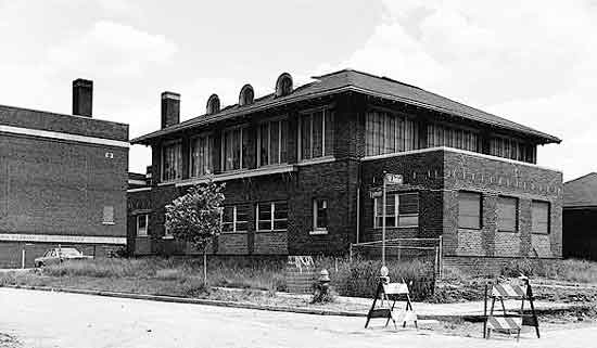 Discuss Detroit: School Architecture Of Detroit (and