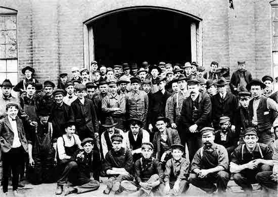 Hupp factory workers