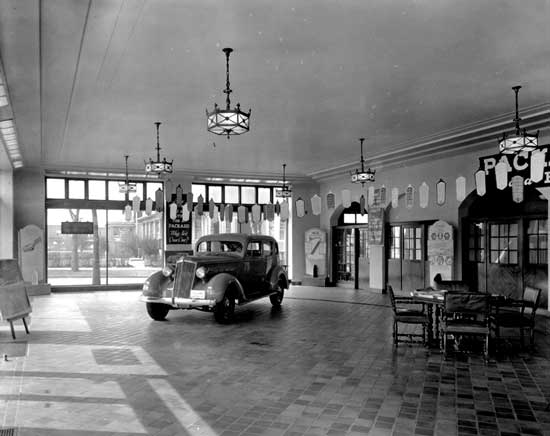 Grosse Pointe Packard Dealership