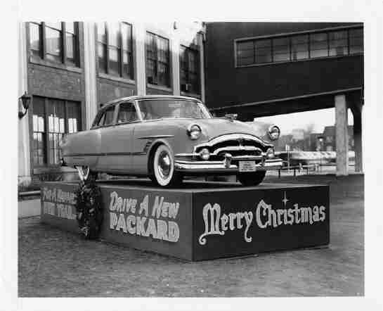 In Front Of The Grand Avenue Plant Detroit 1953 It Still Stands Today Ruins Do You Enjoy Old Cars