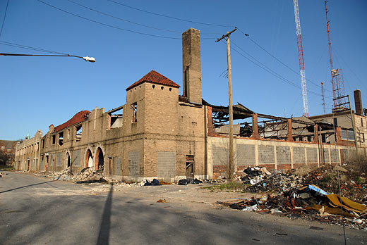 Ruin running along an alleyway between Lawton and Genessee a half block south of Chicago and Old Shaarey Zedek Synagogue.